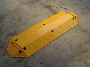 375mm Metal Speed Hump Yellow End